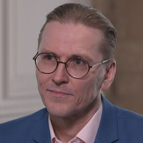 F-Secure's CRO on Hackers, Hacktivists, and Extremists: An Interview with Mikko Hypponen