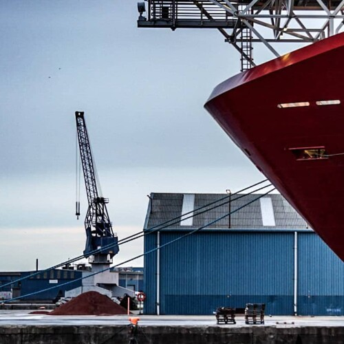 Shipping-Ecosystem-Can-Help-Tackle-Humanitys-Climate-Change-Code-Red.jpg
